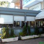 רומאי-במסעדה-מבחוץ